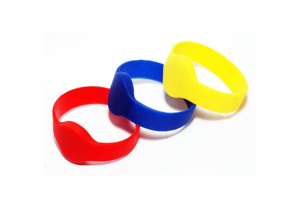 hf-wristband